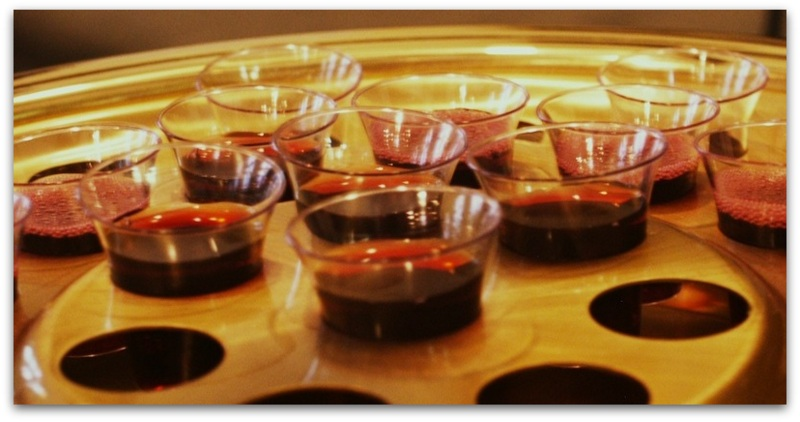 On Holy Thursday is made and general consecration oil-001