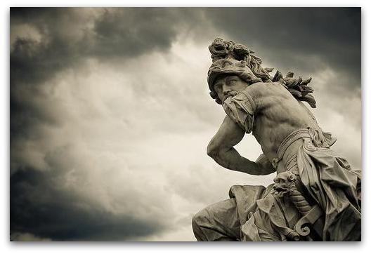 Марс, римскиот бог на војната.