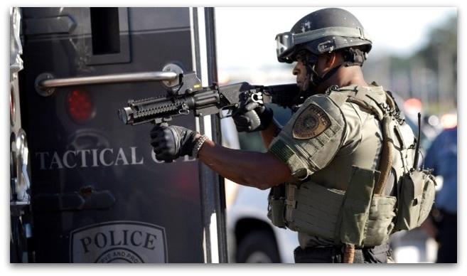 Судири меѓу полицијата и демонстранти во Сент Луис